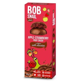 Bob snail apple-strawberry snack in milk chocolate