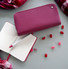 Exclusive handbag for woman BERRY