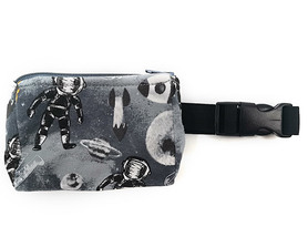 Belt with case for diabetic pump Astronaut